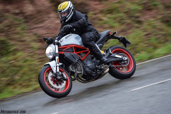 032717-2017-ducati-monster-797-ac1_8495