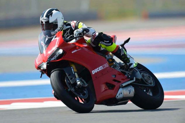 042017-most-reliable-motorcycle-brands-08-2013-ducati-1199-panigale-r