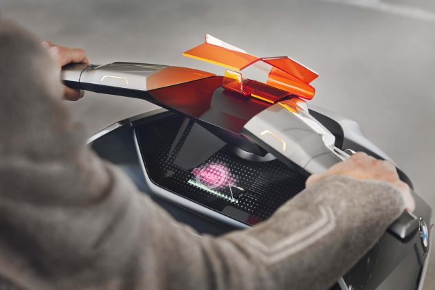 BMW Motorrad Concept Link Electric Scooter digital touchscreen