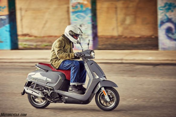 053017-2018-kymco-like-150i-abs-action-4