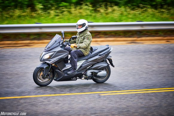 053117-2018-kymco-xciting-400i-action-5