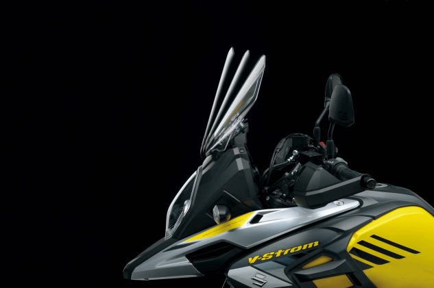 2018 V-Strom 1000 and 1000XT adjustable windscreen