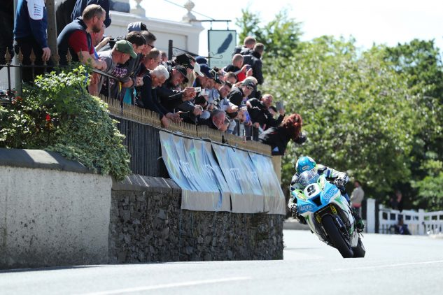 Dean Harrison passes the Raven Hotel in Ballaugh, RST Superbike TT Race Photo by: Dave Kneen/Pacemaker Press