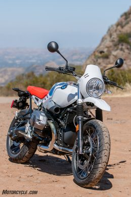 062317-bmw-r-ninet-urban-gs-04