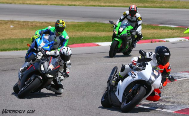 062327-2017-shootout-superbike-track-group-0401
