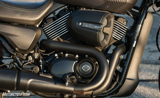 070617-2017-middleweight-naked-shootout-harley-davidson-street-rod-7258