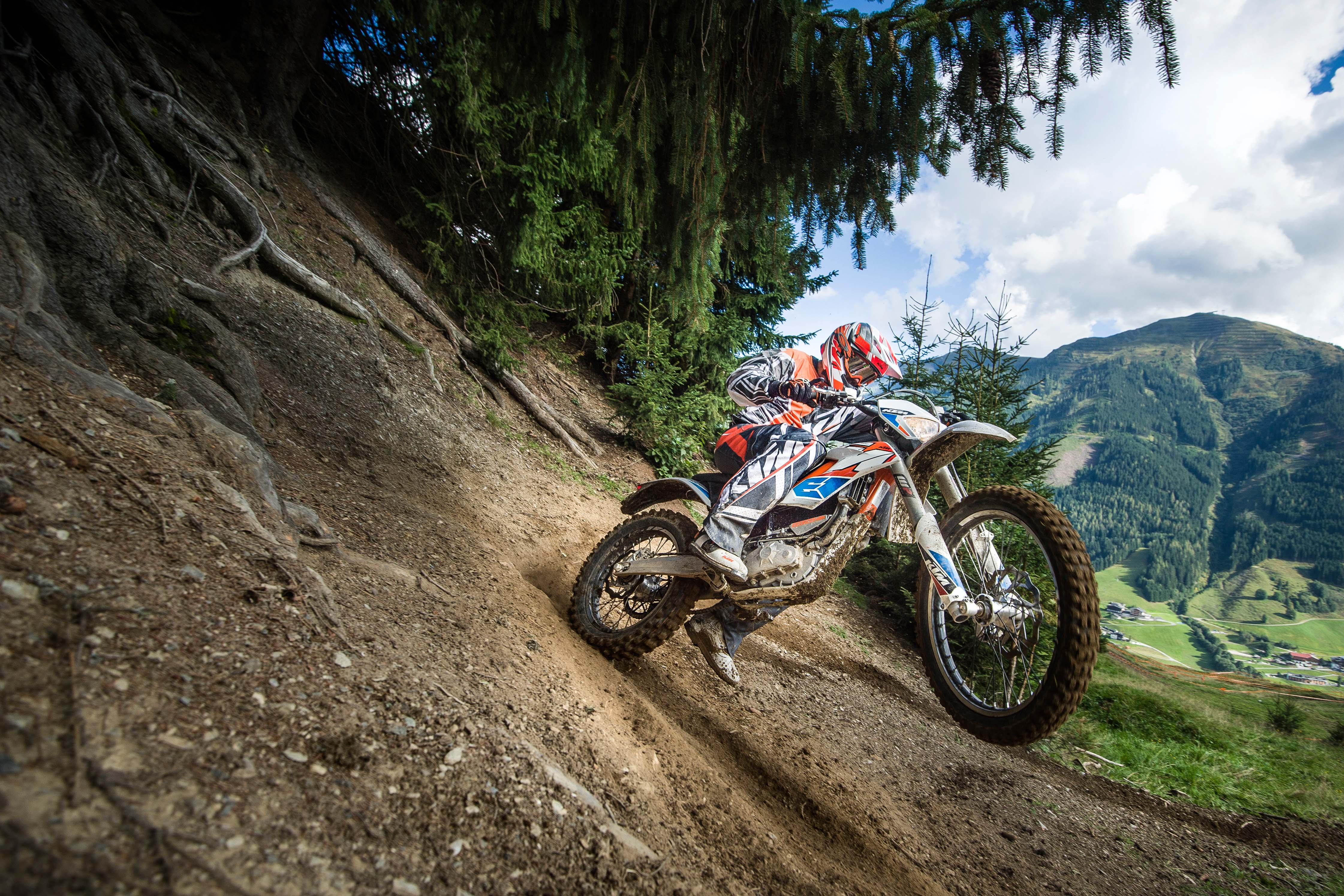 Riverside Honda Dealer >> 2017 KTM Freeride E-XC Electric Motorcycle Coming to US
