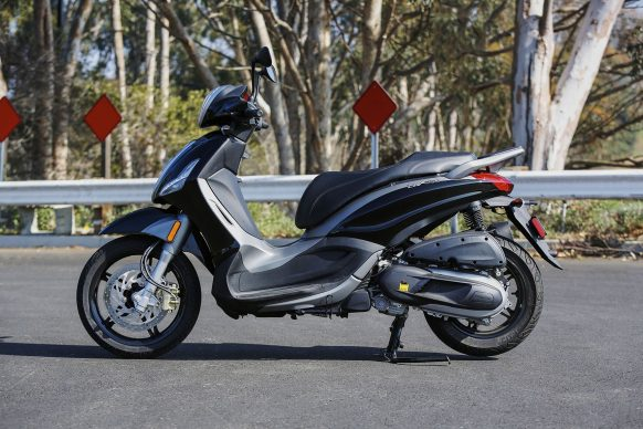 080417-mobo-2017-scooter-piaggio-bv350-1