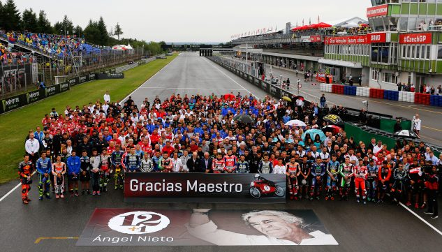 The MotoGP community honored the late Angel Nieto who passed away last week.
