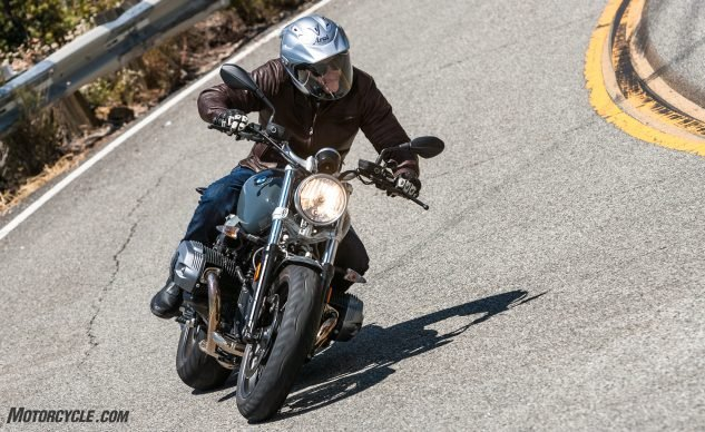 081517-retro-roadsters-revisited-bmw-r-ninet-pure-0052