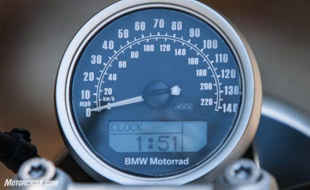 Purity carries over into the instrumentation, which lacks a tachometer.