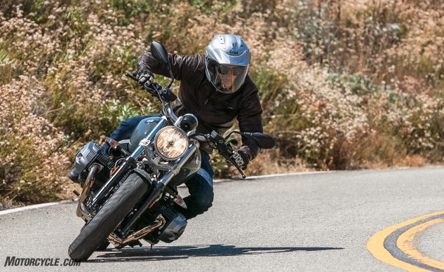 081517-retro-roadsters-revisited-bmw-r-ninet-pure-04