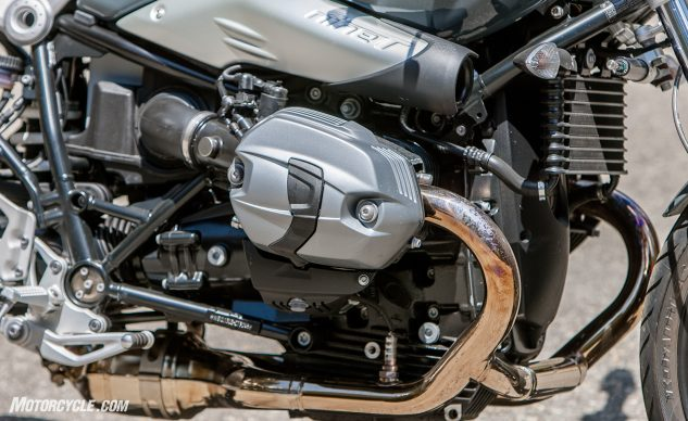 081517-retro-roadsters-revisited-bmw-r-ninet-pure-05