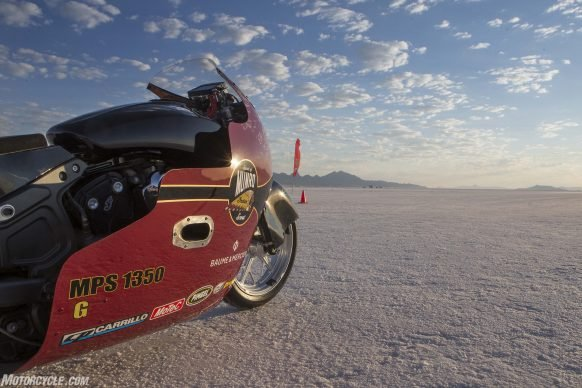 082517-indian-scout-spirit-of-munro-bonneville-salt-flats-speed-week-AB9T5990
