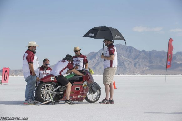 082517-indian-scout-spirit-of-munro-bonneville-salt-flats-speed-week-AB9T6059