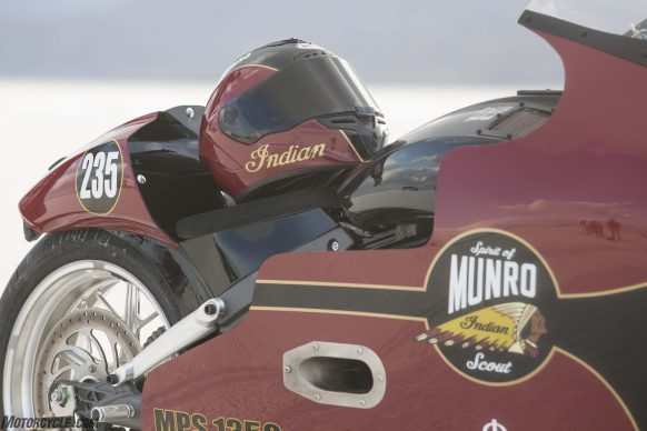 082517-indian-scout-spirit-of-munro-bonneville-salt-flats-speed-week-AB9T6503