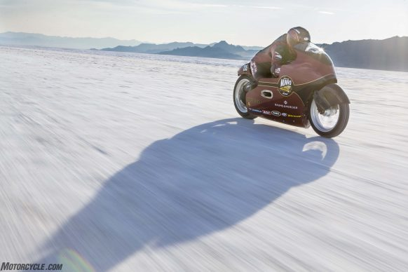 082517-indian-scout-spirit-of-munro-bonneville-salt-flats-speed-week-AB9T7051