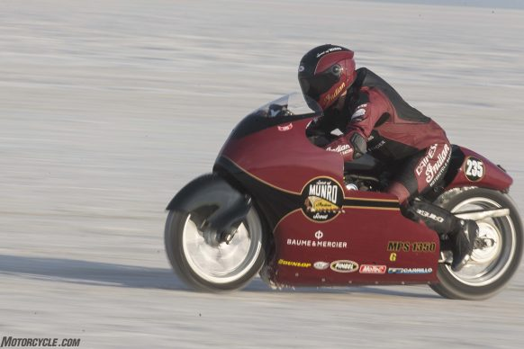 082517-indian-scout-spirit-of-munro-bonneville-salt-flats-speed-week-AB9T7099