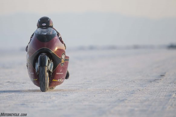 082517-indian-scout-spirit-of-munro-bonneville-salt-flats-speed-week-AB9T7129
