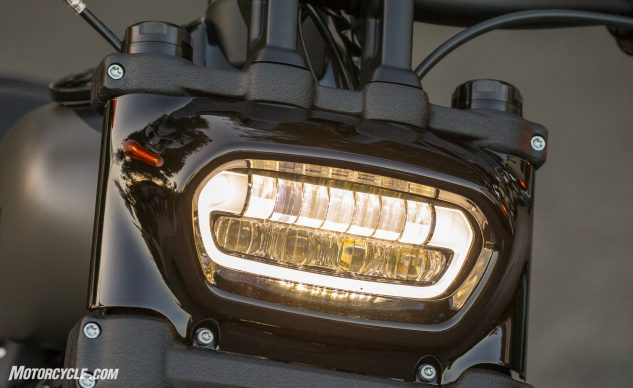 2018 Harley-Davidson Fat Bob 114 headlight