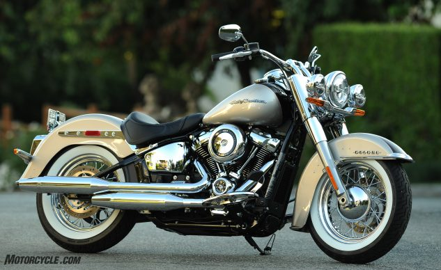 2018 Harley-Davidson Deluxe Review – beauty
