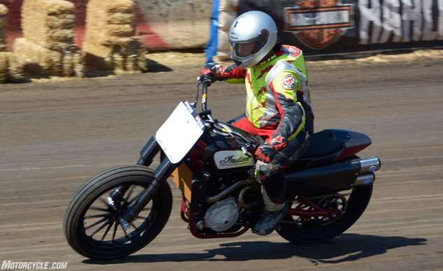 101317-flat-track-Indian-Scout-FTR750-F