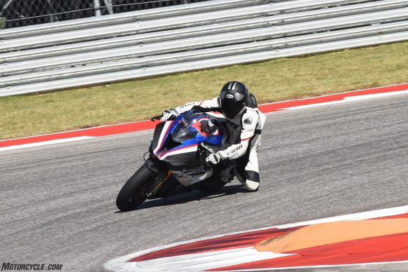 110217-bmw-hp4-race-JON_BECK-COTA-4707