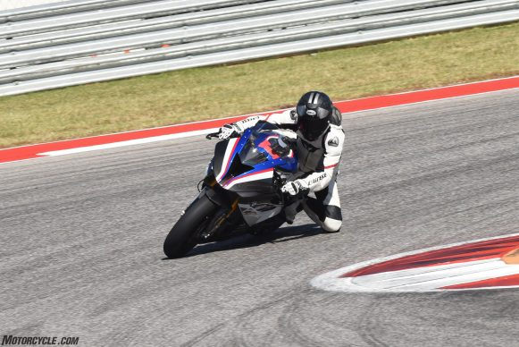 110217-bmw-hp4-race-JON_BECK-COTA-4708