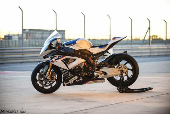 110217-bmw-hp4-race-JON_BECK-COTA-5380