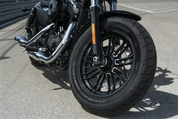 122017-2018-harley-davidson-forty-eight-xl1200x-sportster