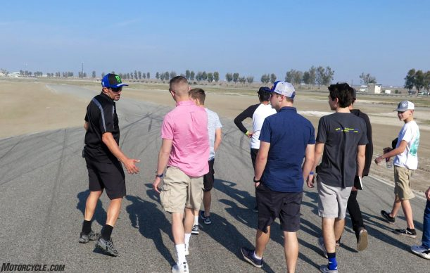 020918-graves-yamaha-junior-cup-r3-buttonwillow-track-walk