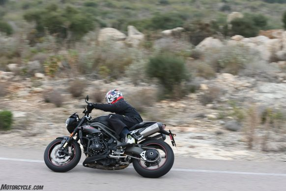 022218-2018-triumph-speed-triple-rs-1089