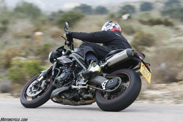 022218-2018-triumph-speed-triple-rs-1114