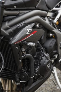 022218-2018-triumph-speed-triple-rs-173