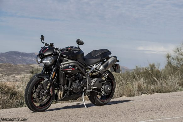 022218-2018-triumph-speed-triple-rs-77