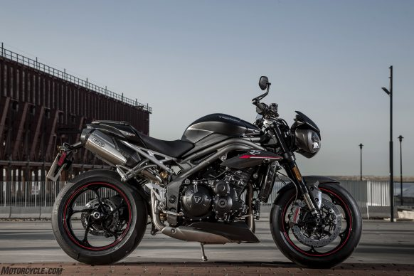 022218-2018-triumph-speed-triple-rs-88