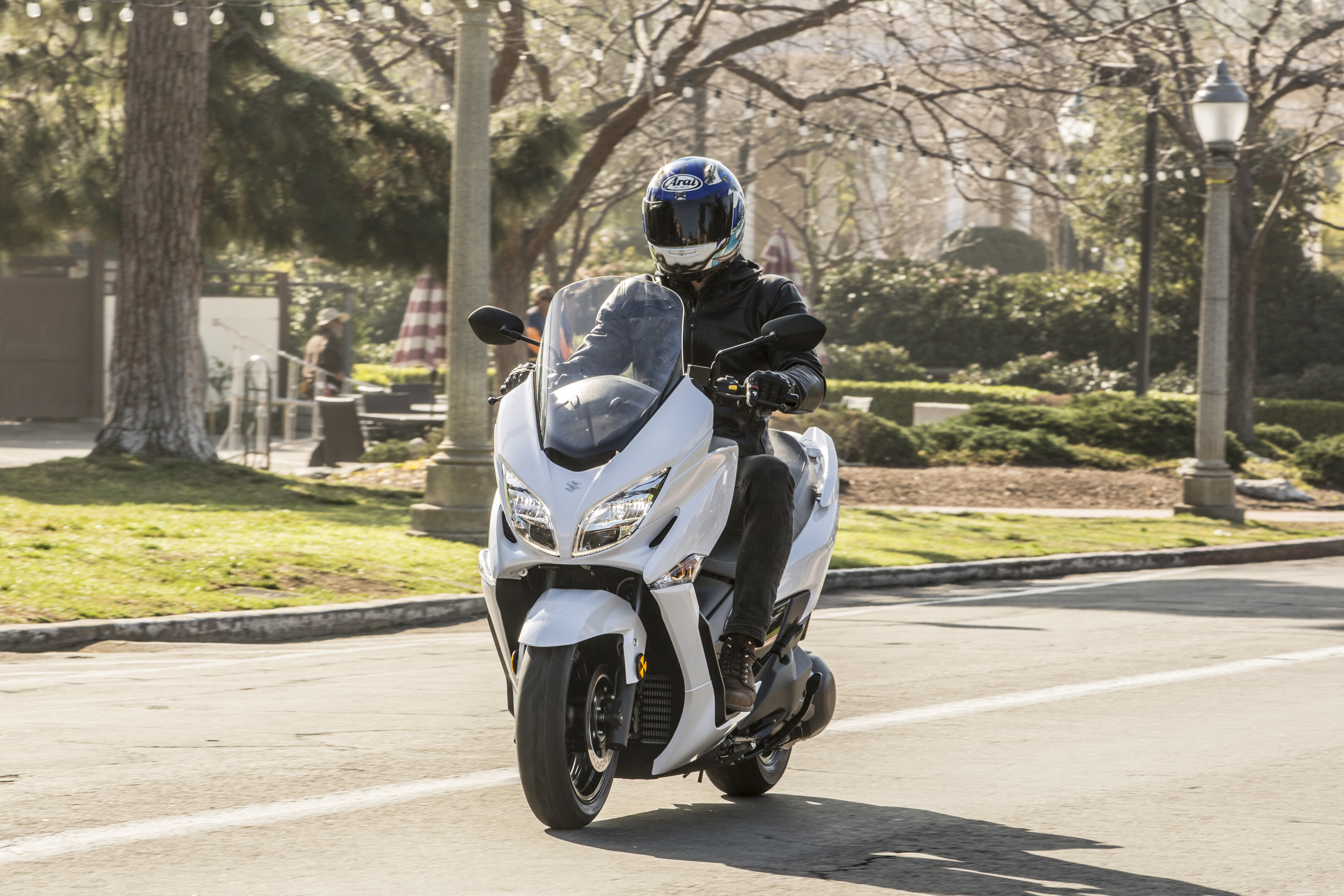 2018 Suzuki Burgman 400 First Ride Review 2008 Problems Not A Shabby Looking Scoot If You Ask Me