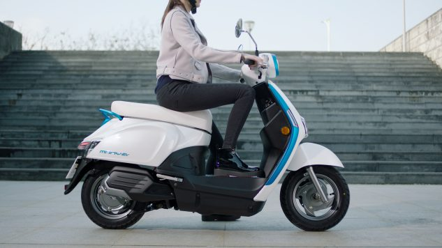 032218-kymco-ionex-electric-scooter-009
