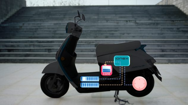 032218-kymco-ionex-electric-scooter-018