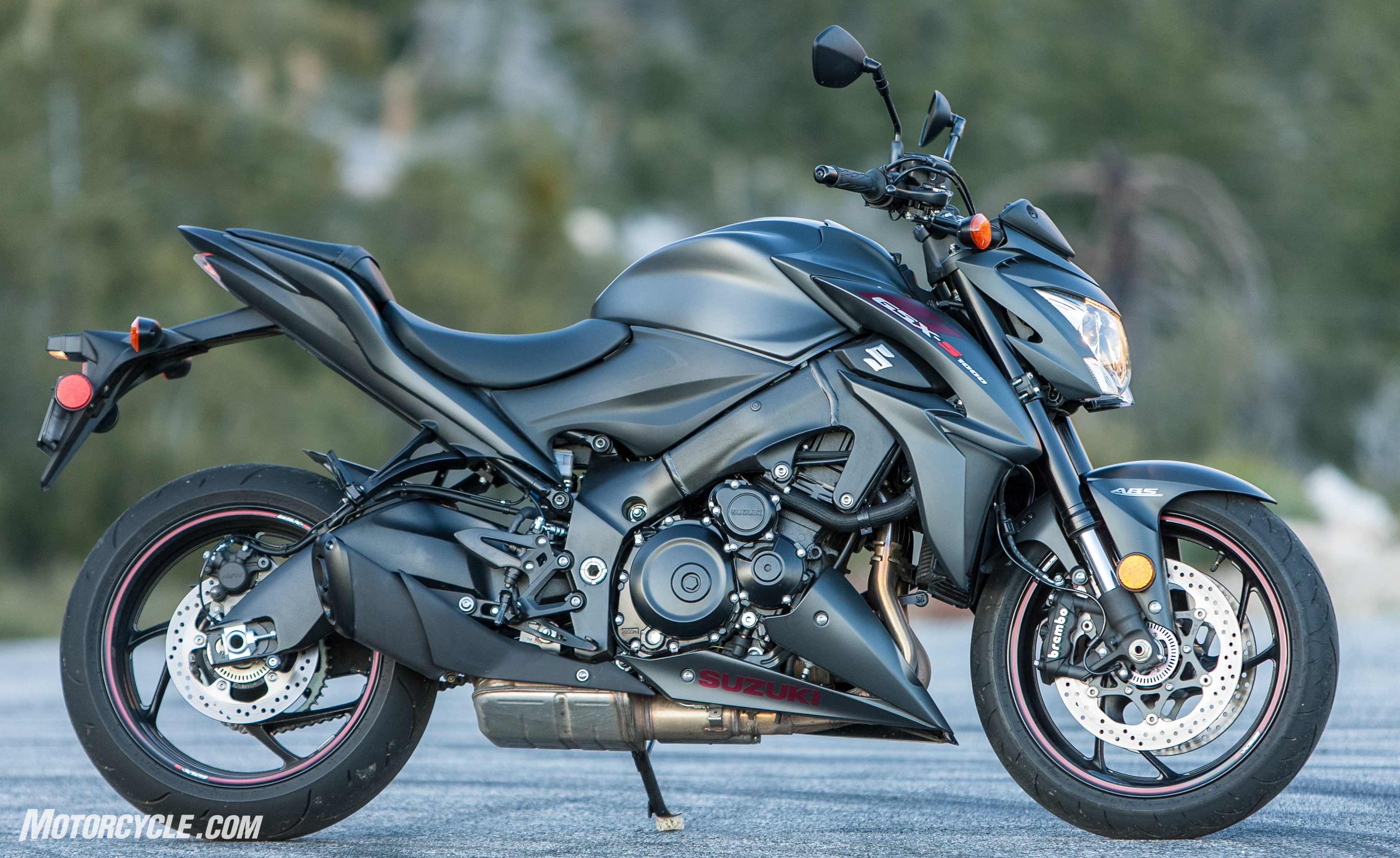2018 suzuki gsx s1000z long term review. Black Bedroom Furniture Sets. Home Design Ideas