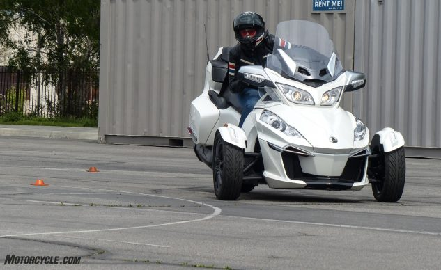 041018-Can-Am-Spyder-F3-T-1020358