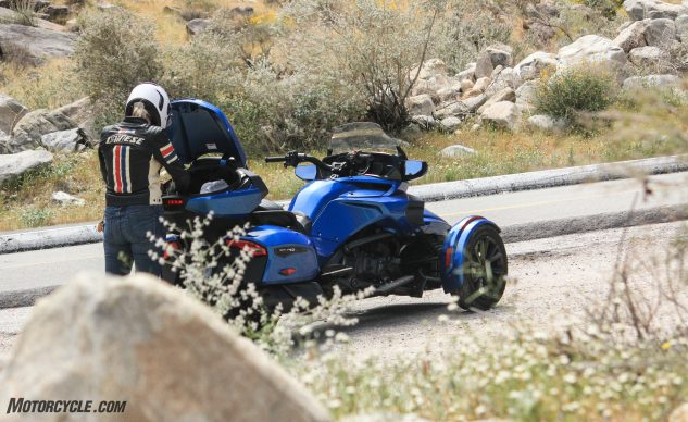 041018-Can-Am-Spyder-F3-T-3995