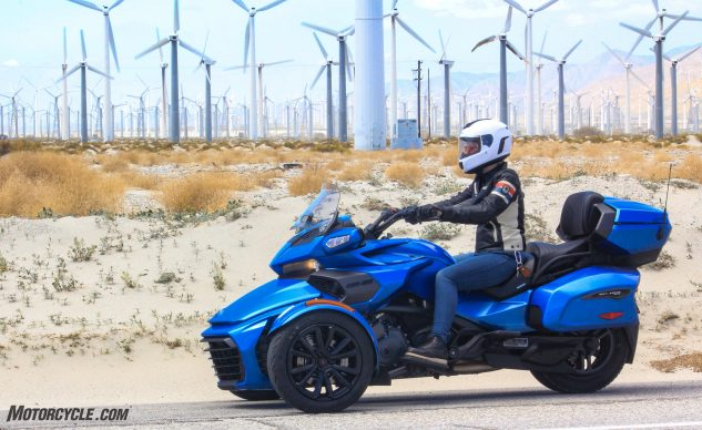 041018-Can-Am-Spyder-F3-T-4014
