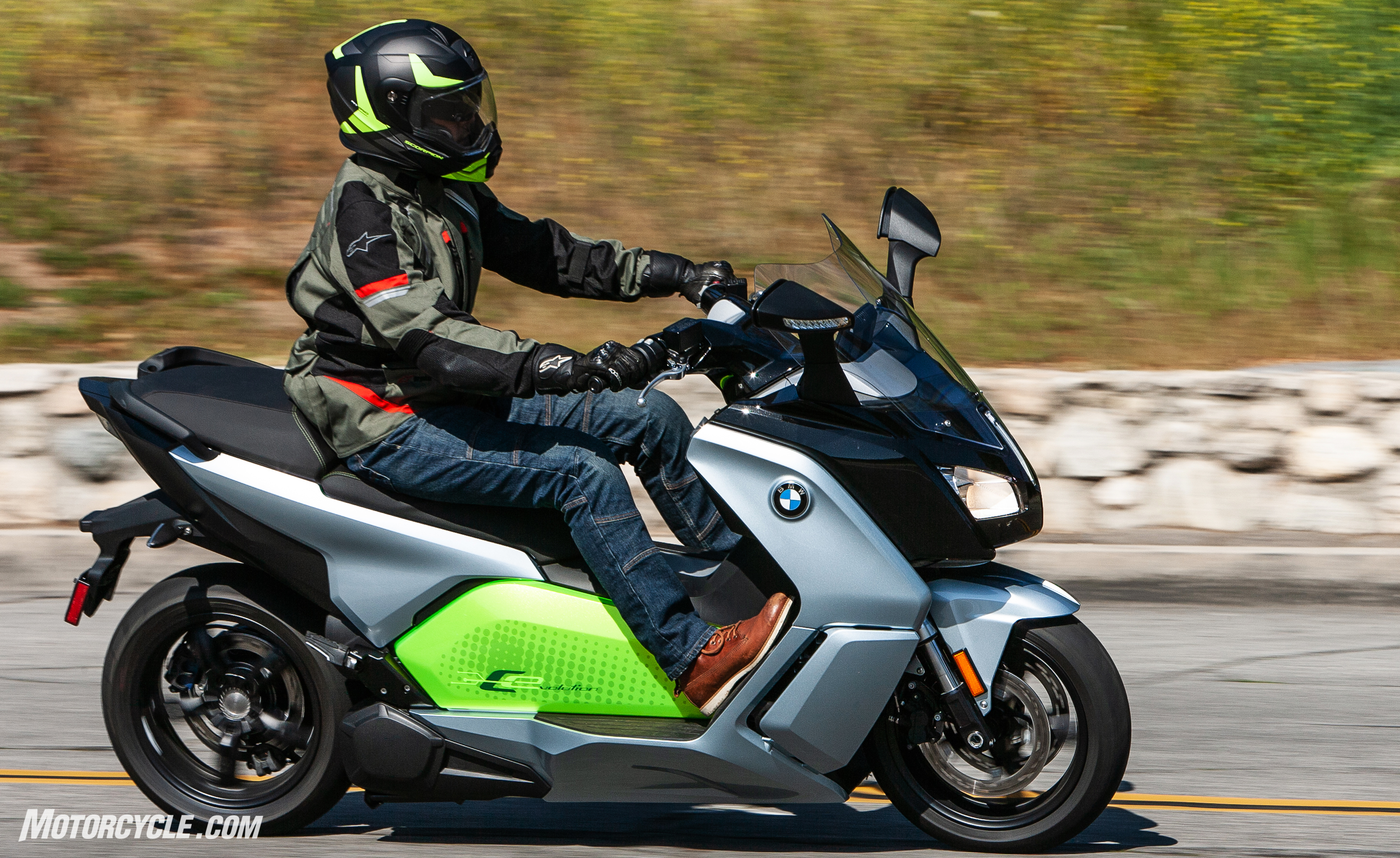 Earlier We Mentioned There Would Be One Notable Exception To This List Of Electric Motorcycles It S The Bmw C Evolution Scooter
