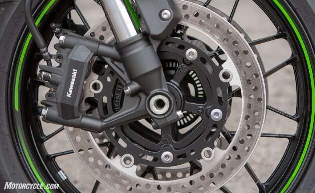 Kawasaki Z900RS Cafe front brake