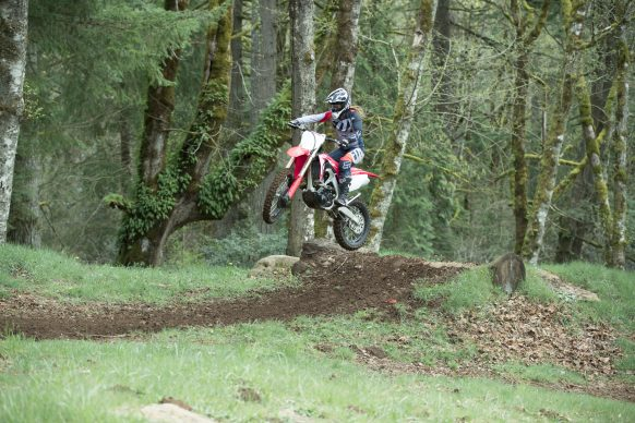 19 Honda CRF250RX_Action_1