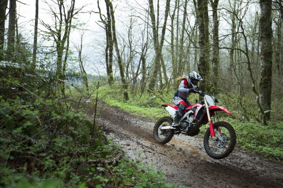 19 Honda CRF250RX_Action_2