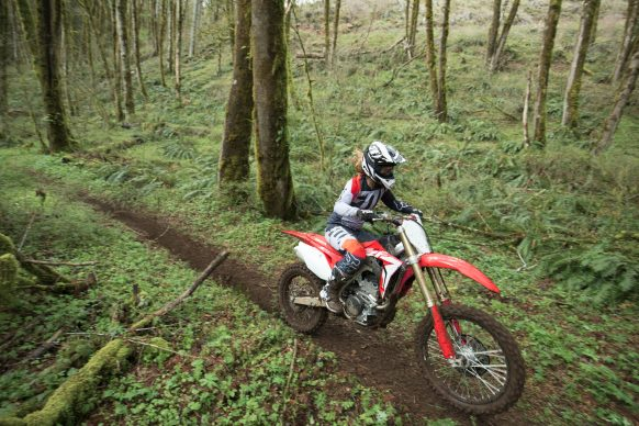 19 Honda CRF250RX_Action_4