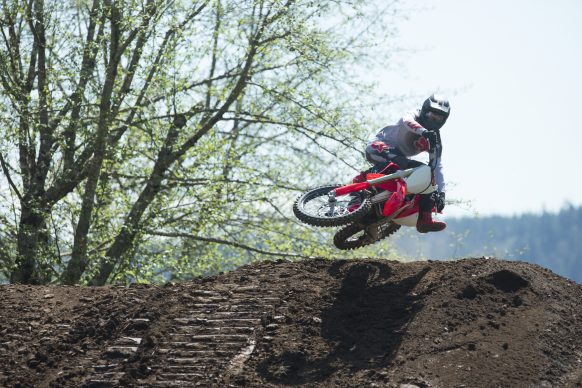 19 Honda CRF250R_Action_10