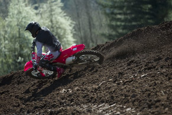 19 Honda CRF250R_Action_5